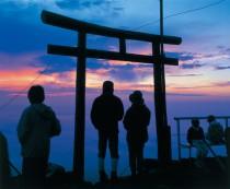 Mt.-Fuji-Sunrise-Bus