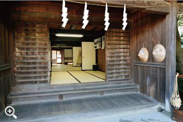 玄関である式台。奥が深い