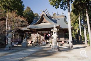 明治22年に再建された冨士御室浅間神社里宮