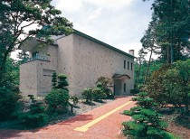 Yamanakako-Forest-Park-of-Literature